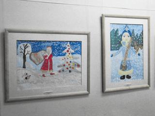 В «художке» - выставка первоклашек