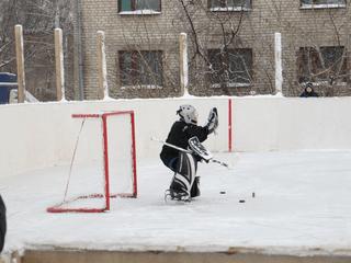 Возрождение хоккейной коробки в районе ФК