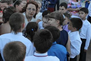 Л. А. Шешукова с учениками