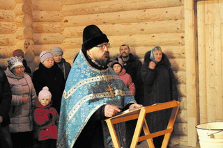 о. Александр Матвеев в новом храме